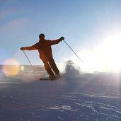 8D-9756-Skigebiet-Nauders-Skifahrer.jpg