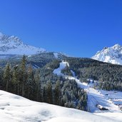 D-5079-aussicht-sextner-rotwand-mit-skigebiet-winter.jpg