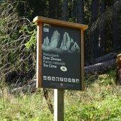 D-5093-naturpark-drei-zinnen-schild.jpg