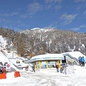 D-6343-skigebiet-watles-parkplatz-pramajur-praemajur-winter.jpg