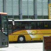 D-8747-bahnhof-mals-bus-in-die-schweiz.jpg