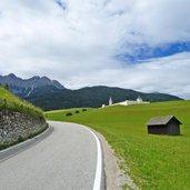 D19-1539-radweg-bei-oberolang-friedhof.jpg